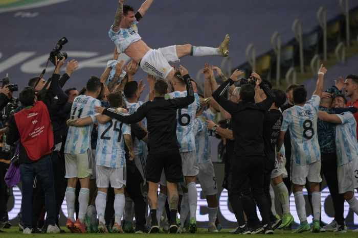 Argentina vence Brasil na Copa América e quebra jejum de títulos