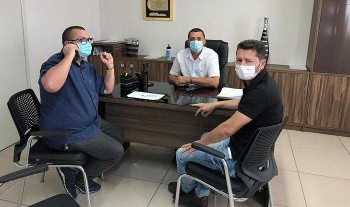 Prefeitos de São Domingos e Barra de São Miguel discutem medidas de segurança dentro dos dois municípios