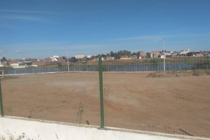 MONTEIRO: Açude Público e Parque de Eventos recebem serviços de Infraestrutura