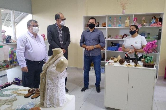 Prefeito Éden Duarte trabalha pela instalação do SICRED em Sumé