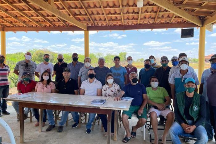 Prefeito Éden confirma parceria com a Associação de Piscicultores de Sumé