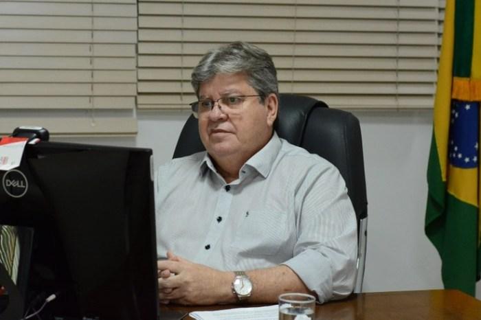João anuncia que Estado adotará medidas para que todos os servidores se vacinem