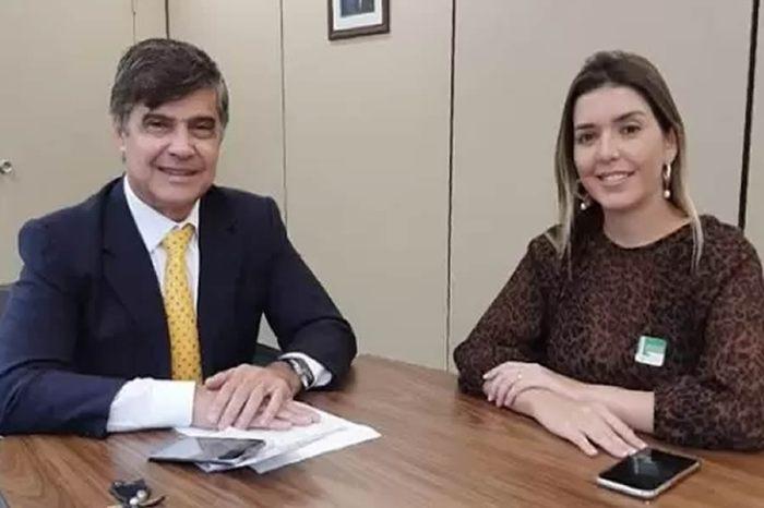 Monteiro recebe equipamento e prefeita Anna Lorena agradece ações de Wellington Roberto