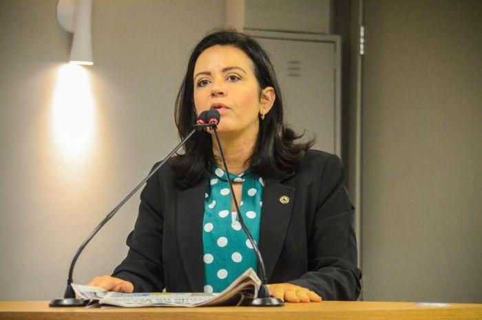 Após ser bloqueada pela Justiça, Pollyanna Dutra se defende de acusações e rebate denúncia