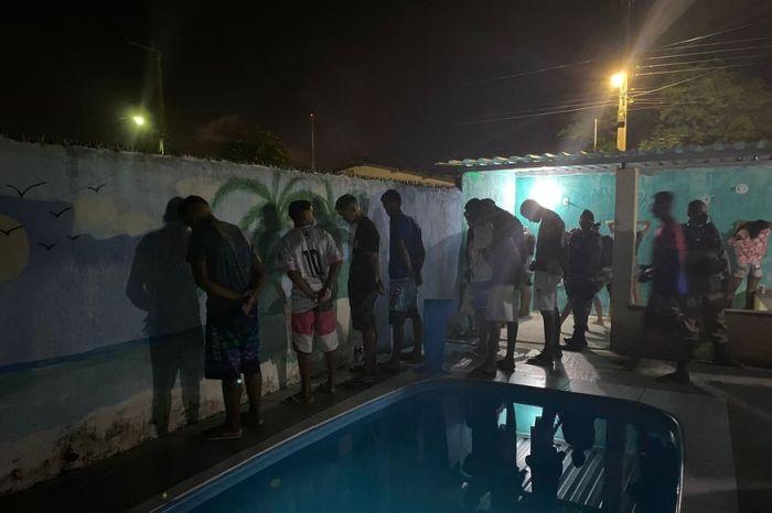 Polícia encerra festa e multa estabelecimento em cidade da Paraíba