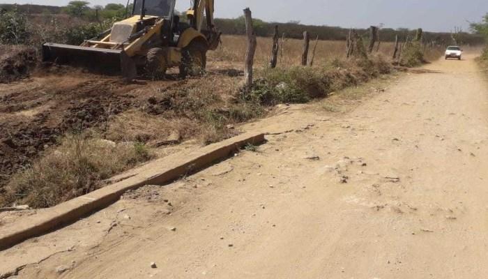Prefeito de Ouro Velho anuncia construção de mais uma passagem molhada na zona rural