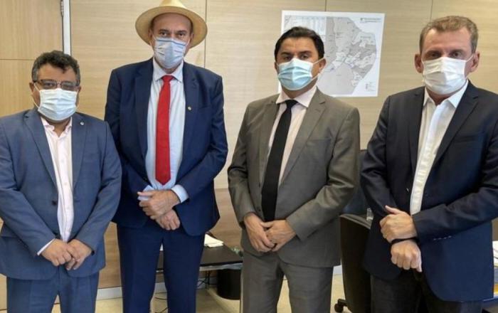 Ministério garante a paraibanos que água da transposição chega ao Alto Sertão em 15 dias