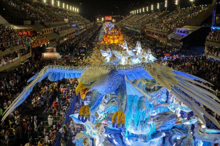 Rio inicia venda de ingressos para o carnaval de 2022