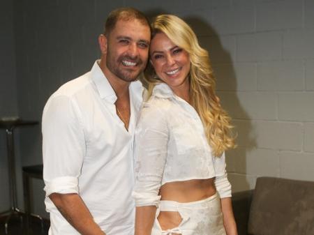 Paolla Oliveira e Diogo Nogueira surgem de branco e levantam suspeitas de casamento