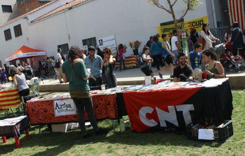 La CNT també va estar al Pati del Palau per Sant Jordi // Jose Polo
