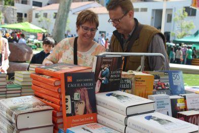 Llibres en català al Sant Jordi 2015 // Jose Polo