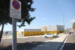 Hi ha una zona per a transport escolar // Jordi Julià