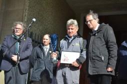 Vivers Duran recull el premi de mans del president Quim Torra // DGM