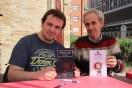 Jon Kieb i Pere-Joan Munar amb els seus llibres // Jose Polo