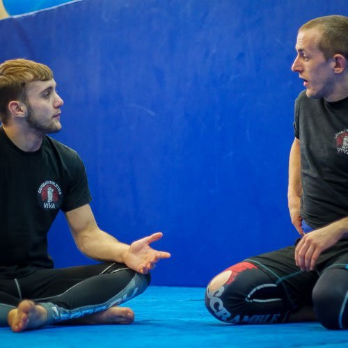 Griff and Arron talk about the details of submission grappling