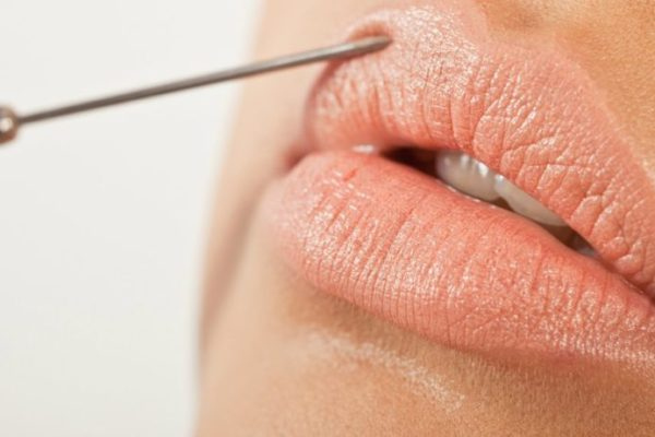 5 errores de belleza que envejecen a las mujeres maduras