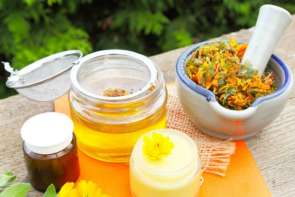 Natural relief from skin rashes and burns with Calendula