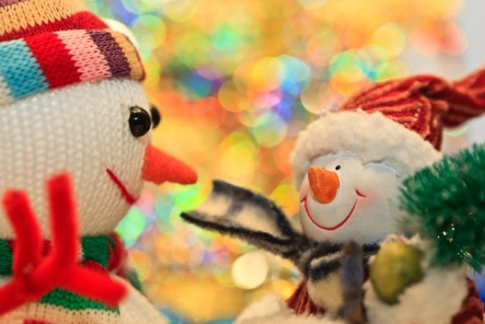 6 Ways to lift your spirits during the holidays