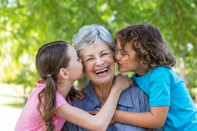 3 Things moms do NOT want abuelas to interfere with