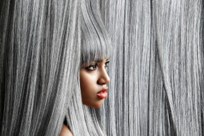 4 Easy ways to care for your white or gray hair