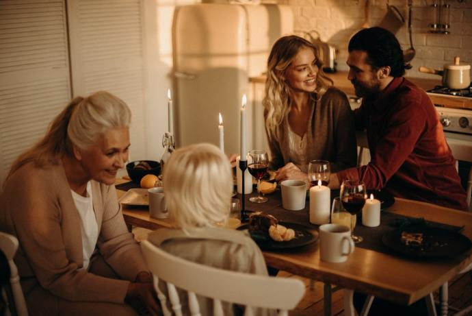 The holidays can be beautiful or depressing, depending on your circumstances. Here are some ways to lift your spirits during the season.