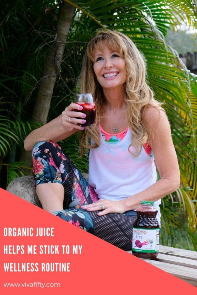 I devote time and energy to a balanced wellness routine year-round. Part of it involves drinking organic juice after my yoga flow.. #ad #rwknudsen