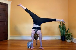 Yes you can learn to handstand after 40; here's how.