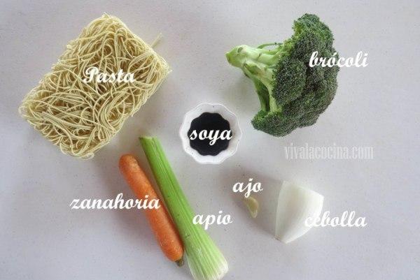 Ingredientes para la Receta de Pasta Oriental con Verduras