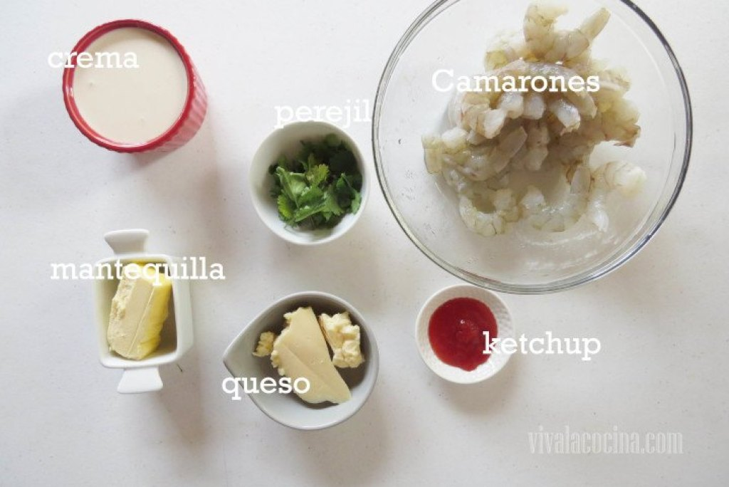 Ingredientes para preparar la receta de los Camarones en Salsa Cremosa