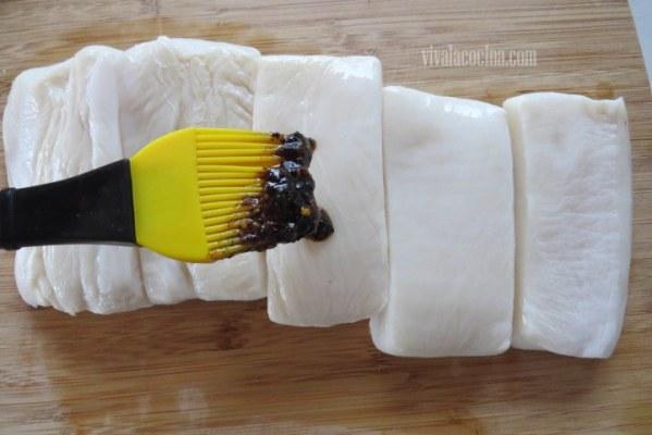 Añadir la Salsa para el Pescado en Salsa Macha