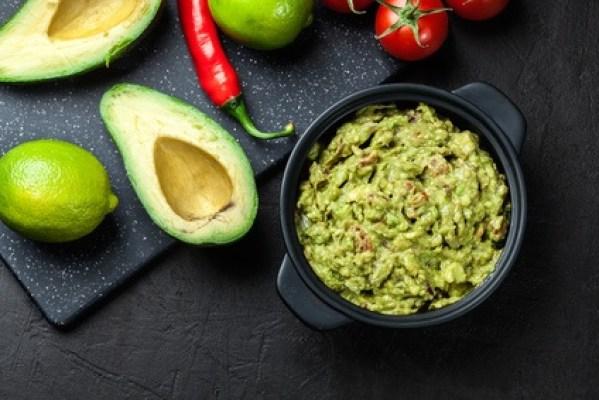 3 Recetas con Aguacate: Panqué, Guacamole y Mayonesa