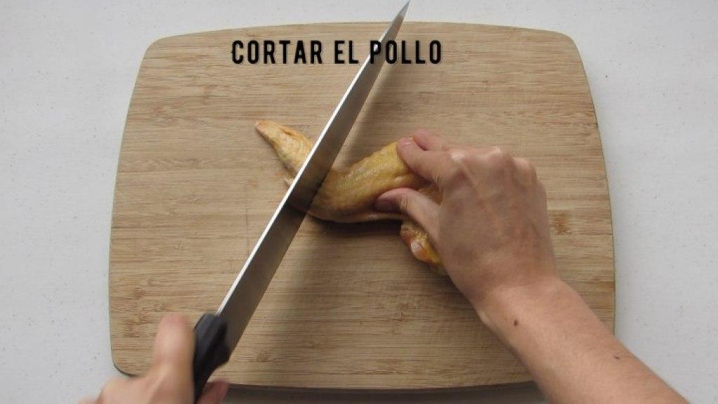 Cortar el pollo