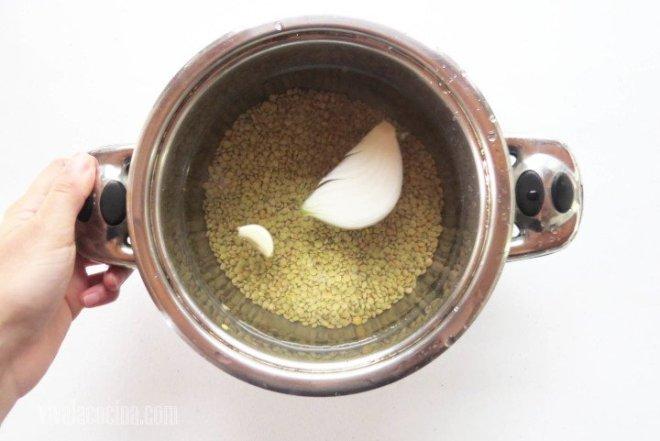 Cocer las lentejas en la olla
