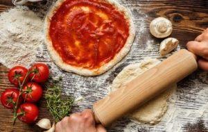 Cómo Preparar Pizza en Casa