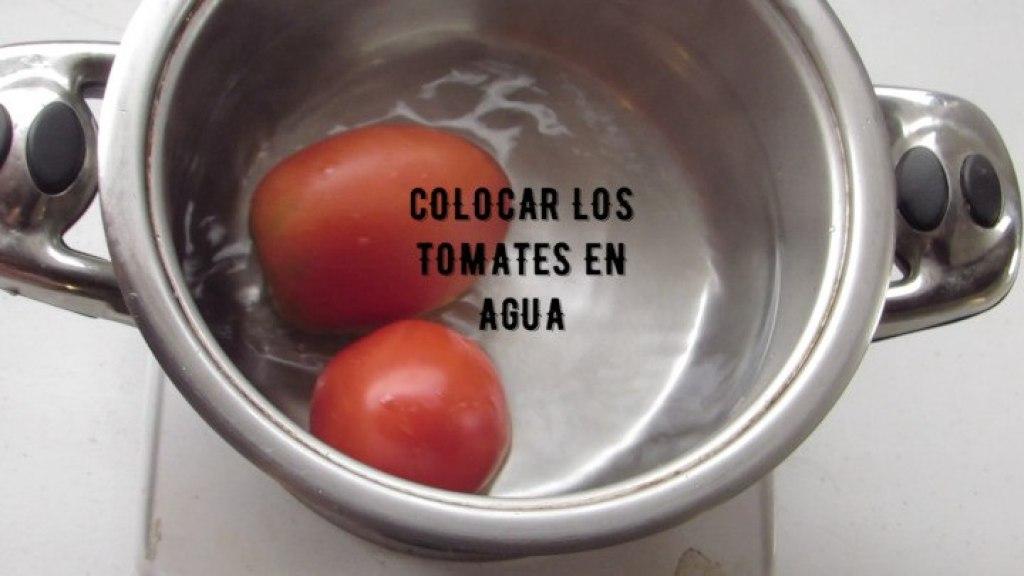 Escaldar los Tomates