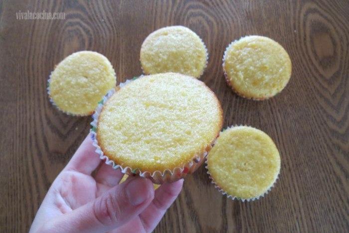Muffins Listos para los Cupcakes de Naranja