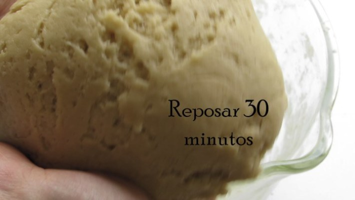 Dejar reposar la masa 30 minutos