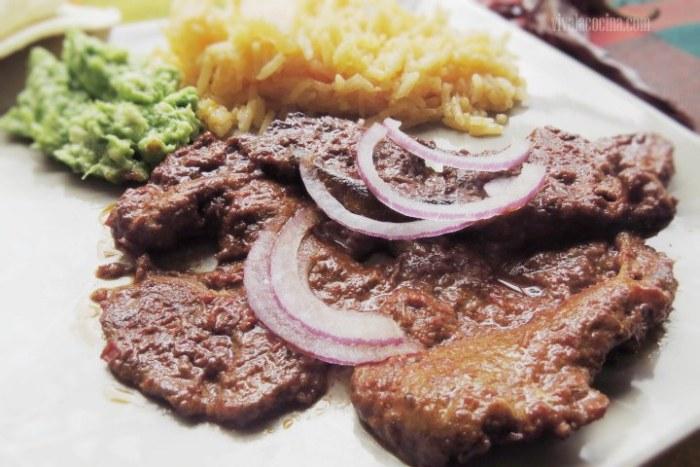 carne de cerdo adobada en casa: plato terminado
