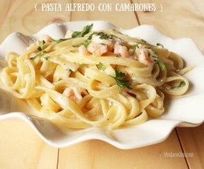 pasta en salsa alfredo con camarones