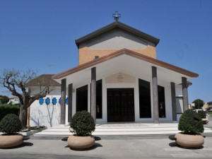 DON ANDREA PARROCO a San Giuseppe OPERAIO a Civitanova Marche (1/2)