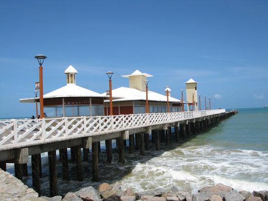 Praia de Iracema ponte metálica