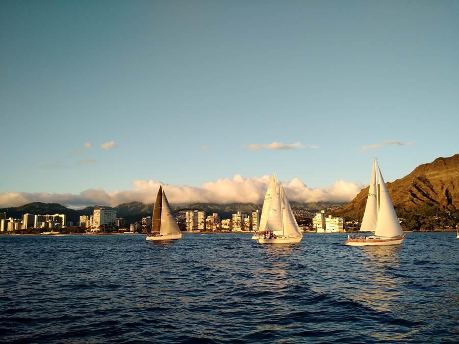 Catamarãs Waikiki