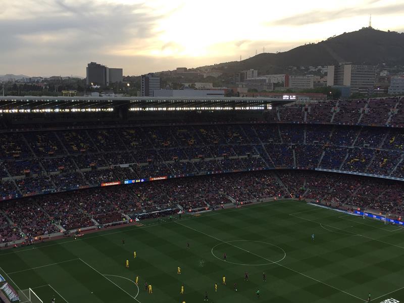 Por do sol Camp Nou Barcelona