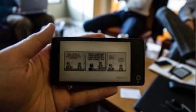 yotaphone-dual-screen