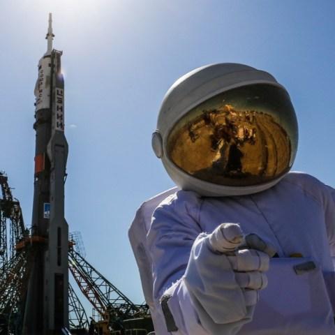astronauta desde tu casa nasa 22 de abril 2020