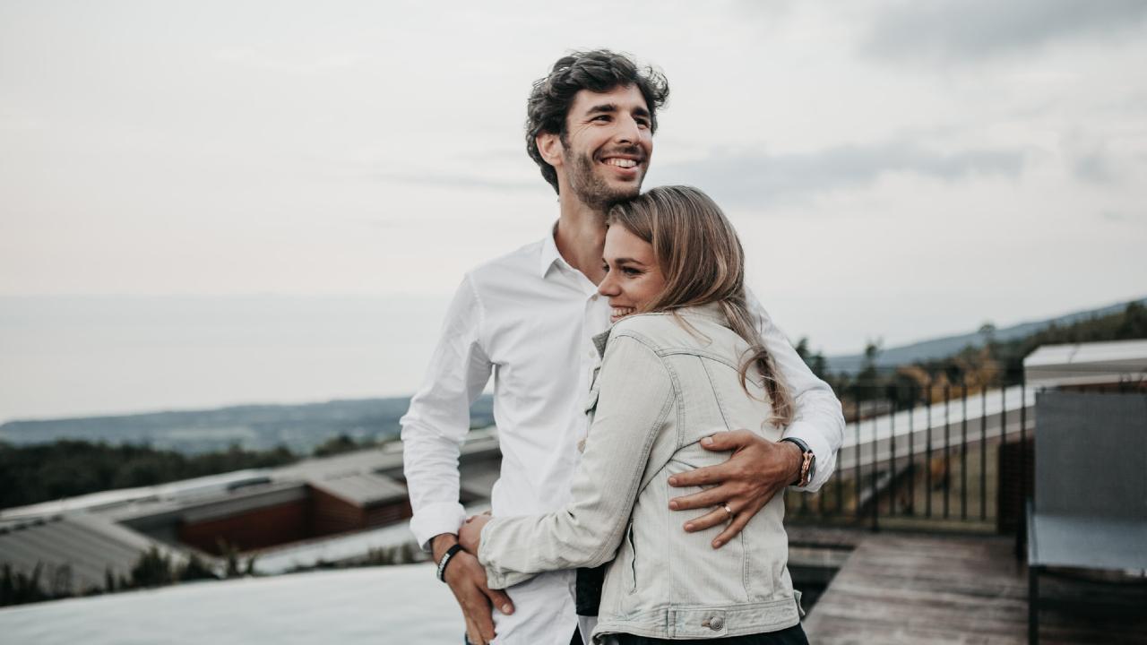 Entre más te ama tu pareja más propensa eres a subir de peso