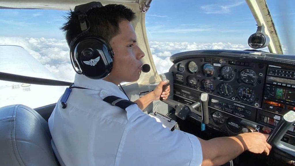 joven-piloto-indígena