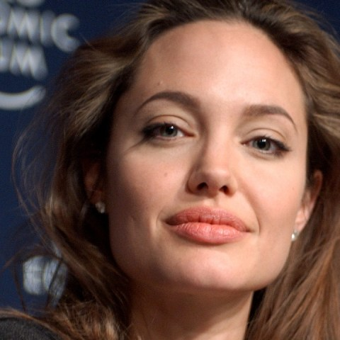 Angelina Jolie Pandemia