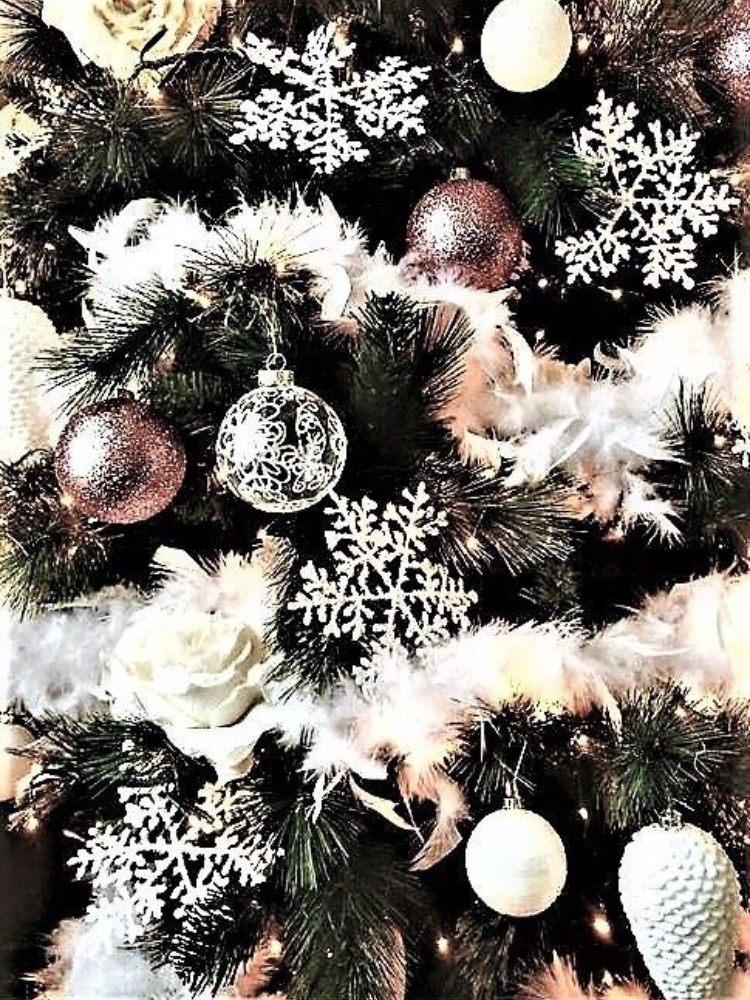 arboles de navidad negros con rosa y blanco