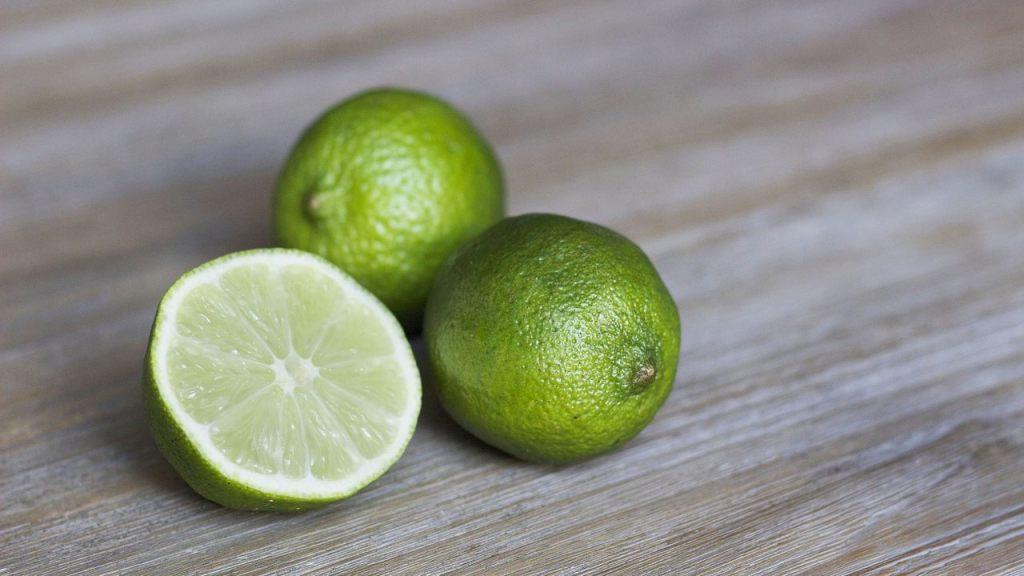 el truco para conservar los limones verdes y jugosos